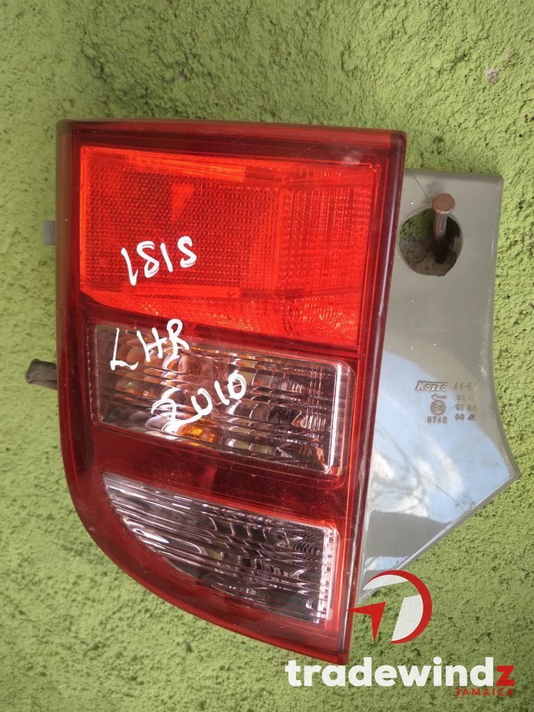 2010 Toyota Isis backlight